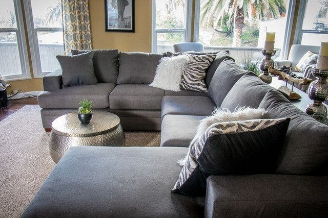 Newest Kerri 2 Piece Sectional W/laf Chaise In  (View 11 of 15)