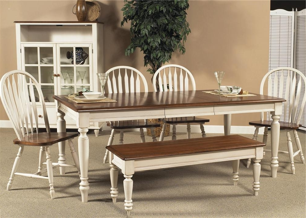 Newest Liberty Furniture Low Country Rectangular Dining Table With Turned With Regard To Country Dining Tables (View 8 of 20)