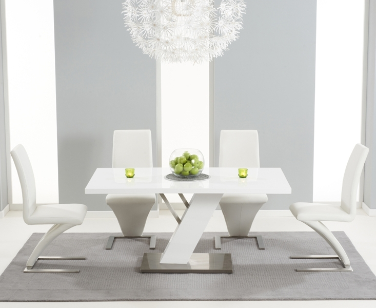 Newest Palma 160Cm White High Gloss Dining Table With Hampstead Z Chairs For High Gloss White Dining Chairs (View 8 of 20)