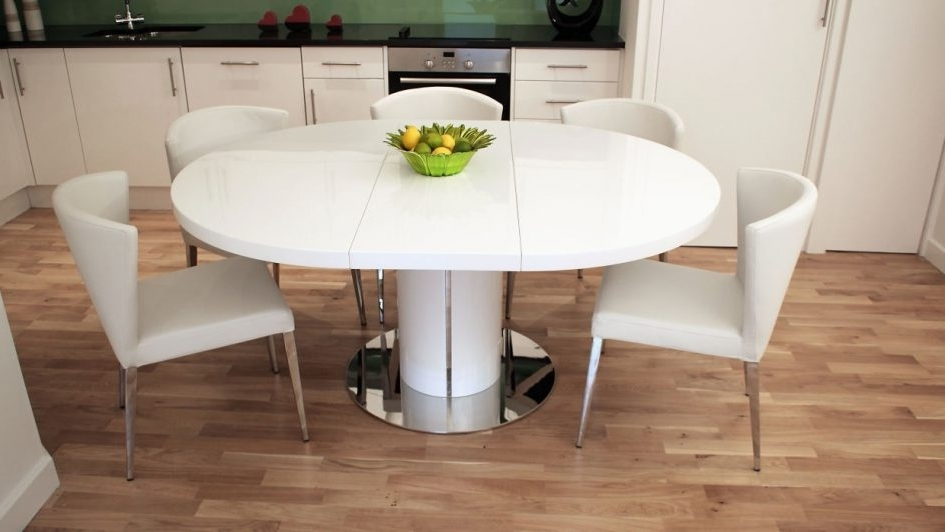 Newest Round Dining Room Table With Extension Glass Kitchen Table White In Large White Round Dining Tables (Gallery 11 of 20)