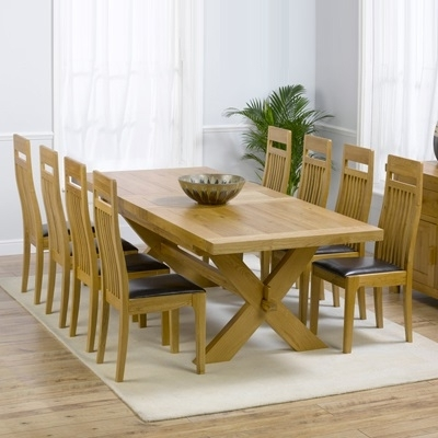 Oak Extending Dining Tables And 8 Chairs In Famous Avalon Solid Oak 200Cm Extending Dining Table With 8 Monty Chairs (Gallery 14 of 20)