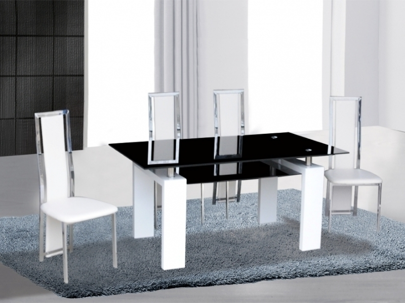 Popular Black/white High Gloss Glass Dining Table & 4 Chairs – Homegenies For Gloss White Dining Tables And Chairs (View 20 of 20)