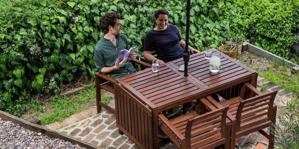 Popular How To Buy Patio Furniture (And Sets We Like For Under $800 Within Laurent 7 Piece Rectangle Dining Sets With Wood And Host Chairs (View 15 of 20)