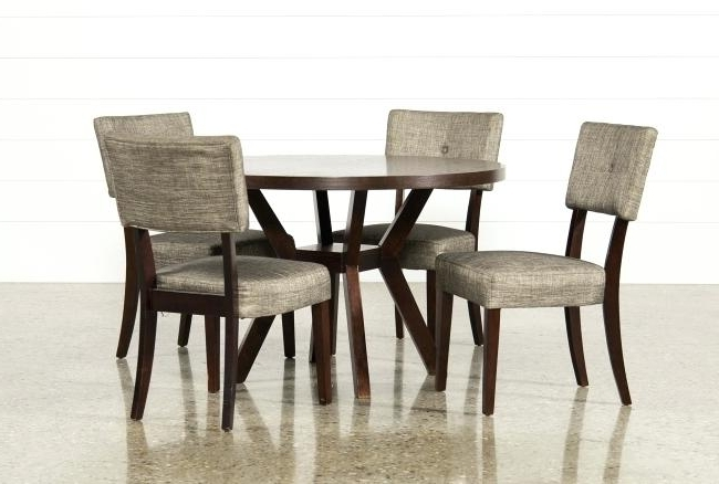 Popular Living Spaces Dining Sets Mallard 6 Piece Extension Dining Set Intended For Mallard 6 Piece Extension Dining Sets (View 7 of 20)