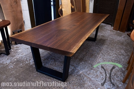 Popular Walnut Dining Tables Throughout Live Edge Walnut Dining Tables And Tops In Chicago Area (View 12 of 20)