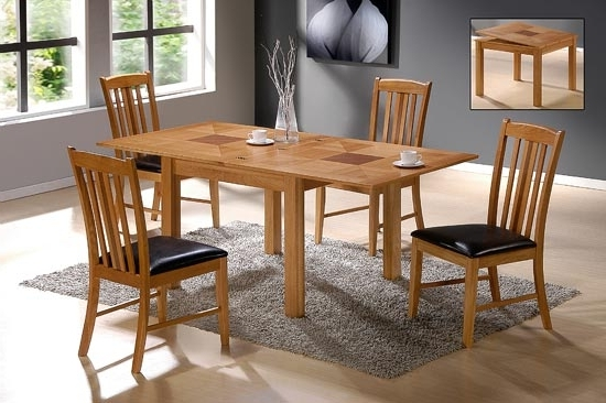 Preferred Extendable Dining Table And 4 Chairs Inside Yukon Solid Oak Extending Dining Table With 4 Chairs  (View 16 of 20)