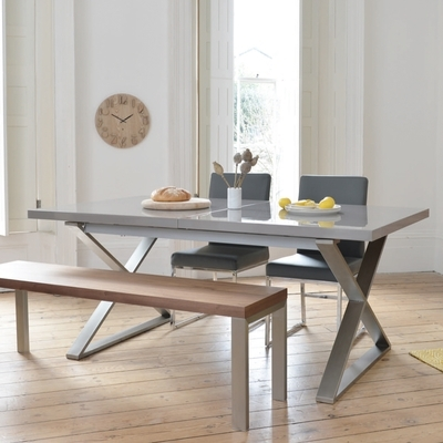 Preferred Extending Gloss Dining Tables Throughout Dining Tables (View 14 of 20)