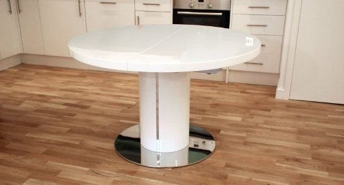 Preferred White Gloss Round Extending Dining Tables Intended For White High Gloss And 1200mm Extending To 1600mm Curva Round White (View 11 of 20)