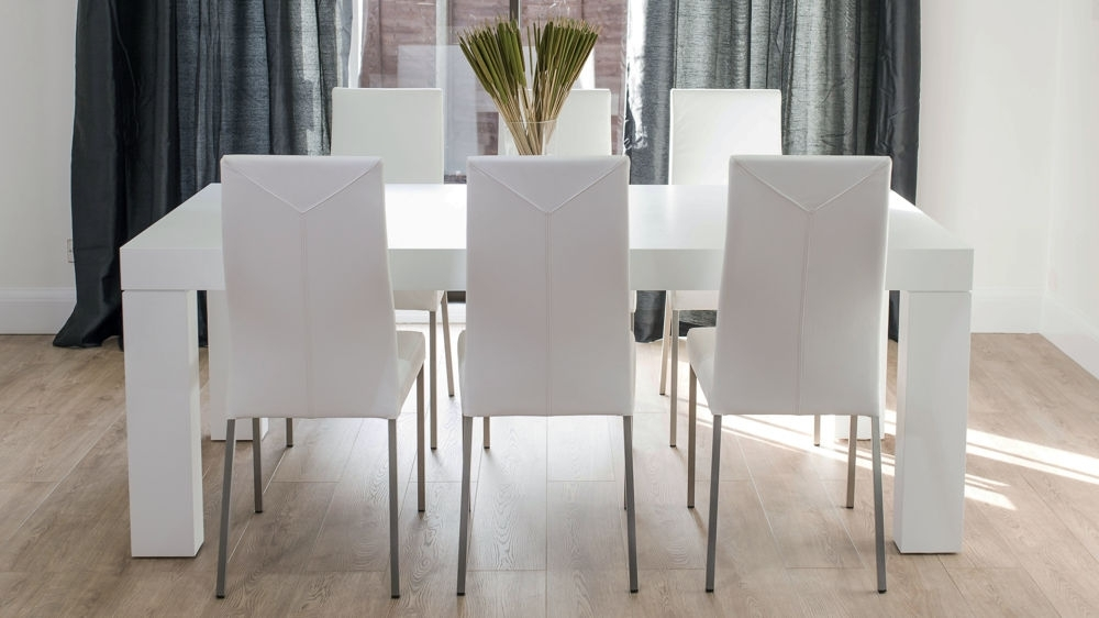 Recent 8 Seater White Dining Tables With Modern Elegant White Oak Dining Table And Leather Chairs (View 12 of 20)