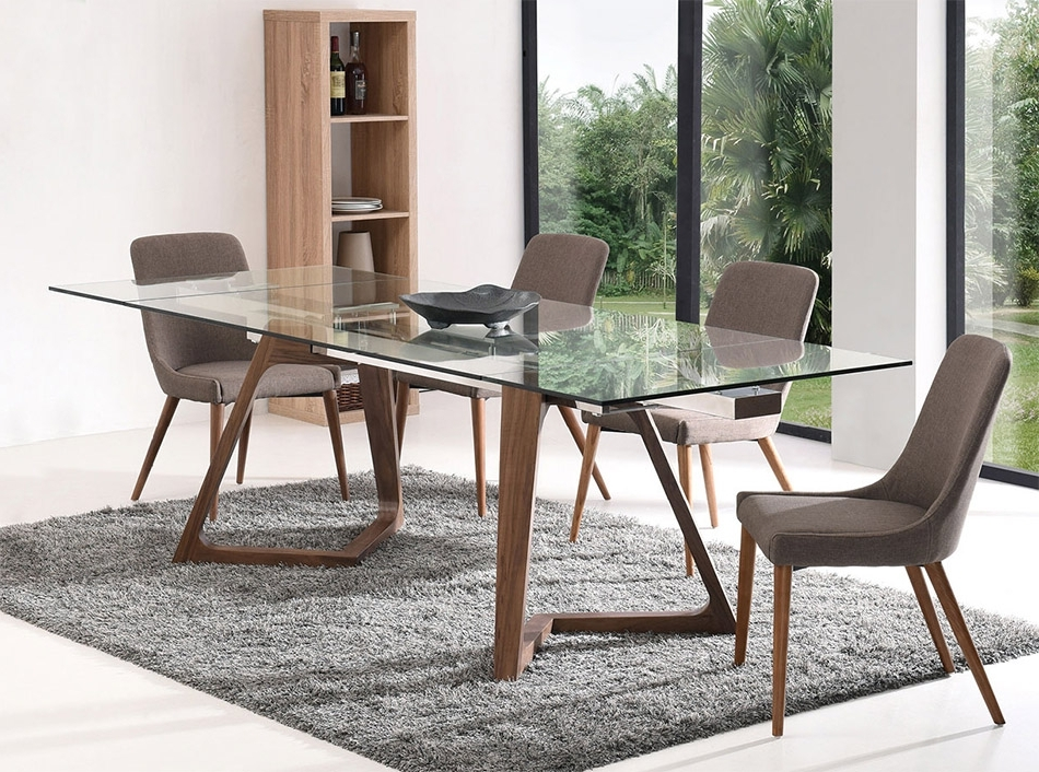 Recent Modern Extendable Dining Table Ef 18811 In Modern Dining Tables (View 19 of 20)