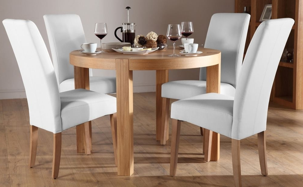 Recent Oak Dining Tables And Leather Chairs For Lovely York Round Oak Dining Table And 4 Leather Chairs Set (View 10 of 20)