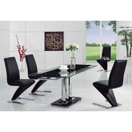 Rihanna Black Glass Extending Dining Table And 6 Z Dining Throughout Most Recently Released Black Glass Extending Dining Tables 6 Chairs (View 17 of 20)