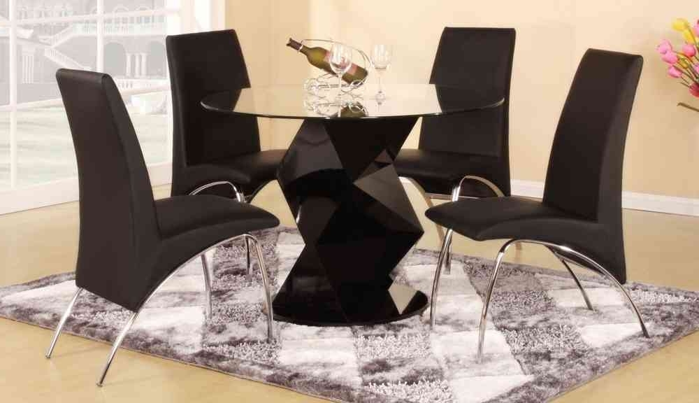 Round Black Glass Dining Tables And 4 Chairs Inside Current Modern Round Black High Gloss Clear Glass Dining Table & 4 Chairs (View 15 of 20)