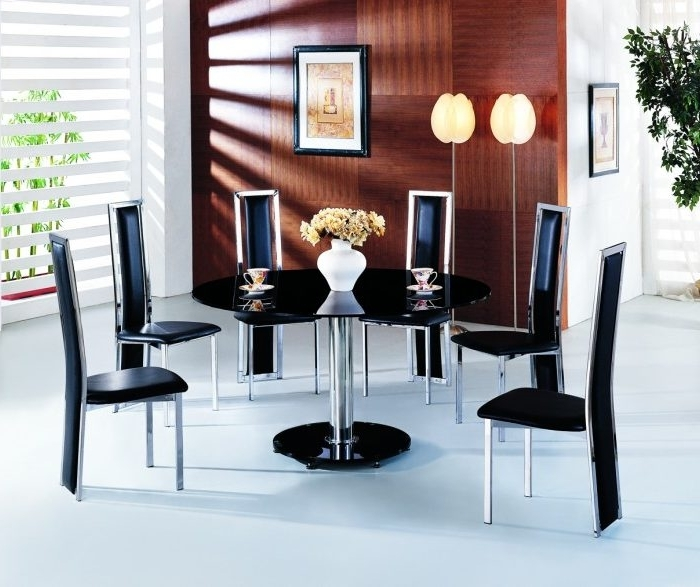 Round Black Glass Dining Tables And Chairs Inside Well Liked Planet Large Round Black Glass Dining Table With Amalia Chairs (Gallery 14 of 20)
