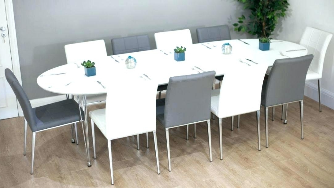 Round Dining Room Table Seats 8 Extendable Dining Table Seats Pertaining To Most Current Extendable Dining Tables With 8 Seats (View 15 of 20)