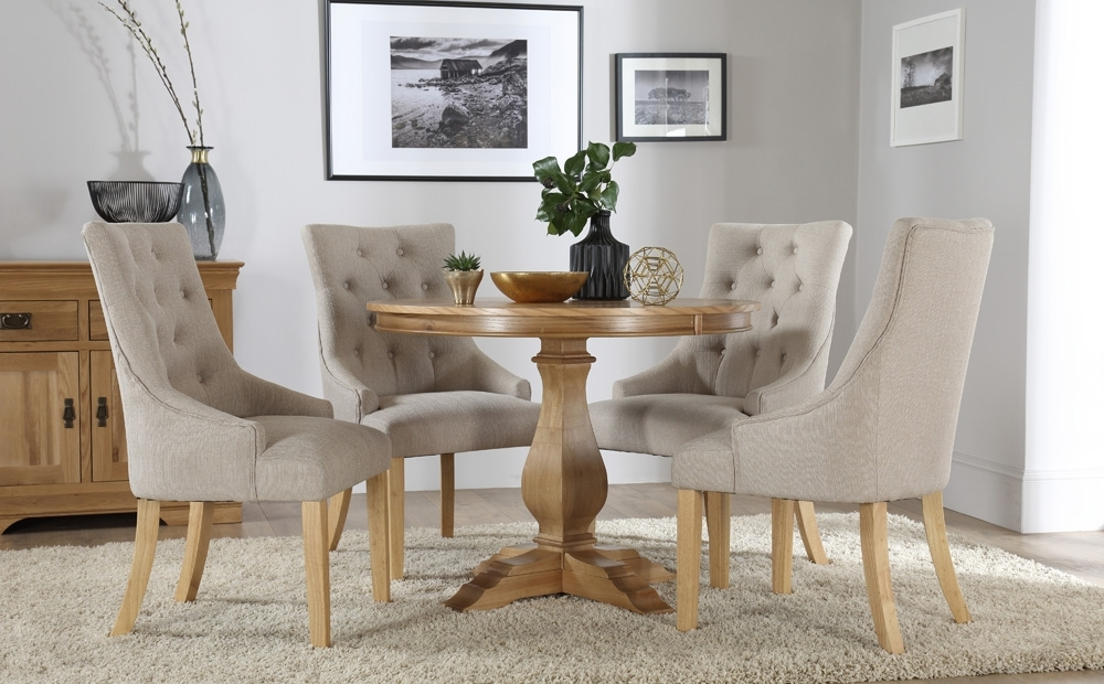 Round Oak Dining Tables And Chairs With Regard To 2017 Cavendish Round Oak Dining Table And 4 Fabric Chairs Set (Duke (Gallery 1 of 20)