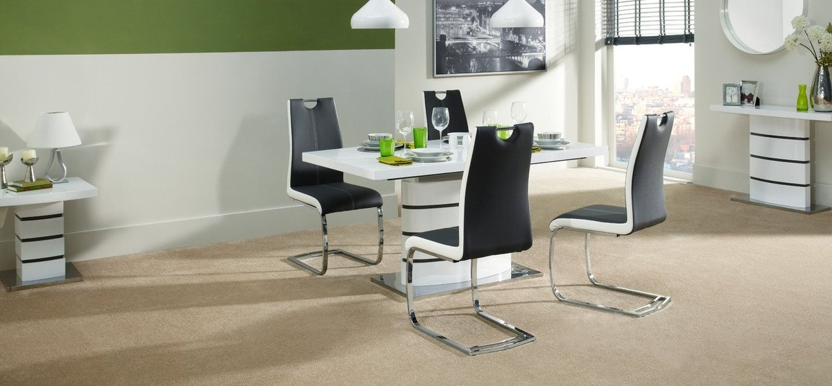 "Scs Sofas On Twitter: ""this Sleek Soho Dining Table And 4 Chairs Is For Fashionable Scs Dining Tables (View 17 of 20)"