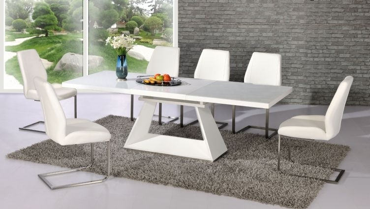 Silvano Extending White High Gloss Contemporary Dining Table & Dalia Regarding Best And Newest High Gloss White Dining Chairs (Gallery 3 of 20)