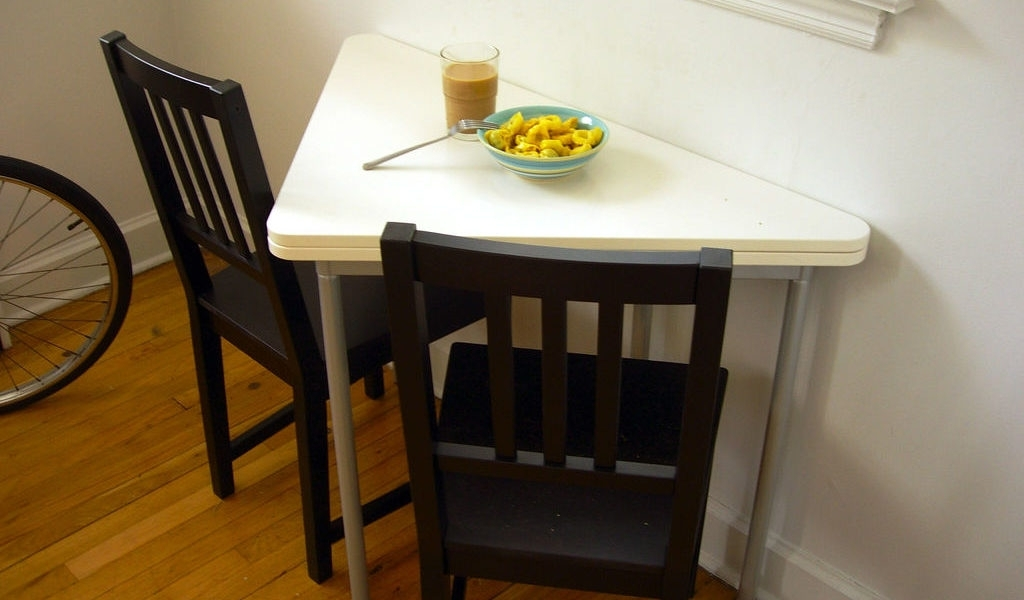 Small Dining Room Tables For Limited Space – Grezu : Home Interior Within Well Known Small Dining Tables And Chairs (View 13 of 20)