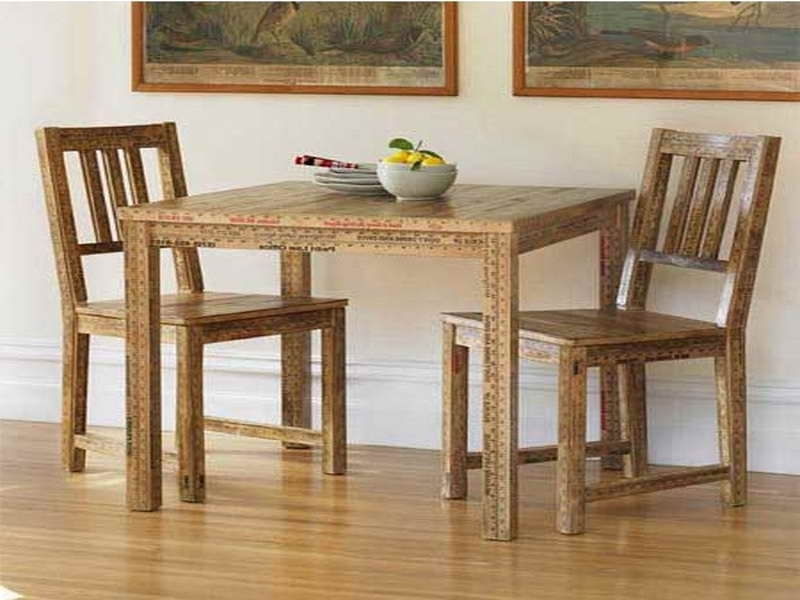 Small Dining Tables And Chairs Regarding Best And Newest The Small Rectangular Dining Table That Is Perfect For Your Tiny (Gallery 8 of 20)