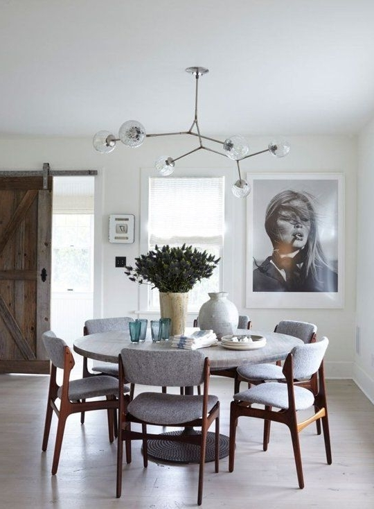 The Designer Trick That's Going To Take Your Dining Room To The Next Intended For Most Recently Released Lassen 5 Piece Round Dining Sets (View 15 of 20)