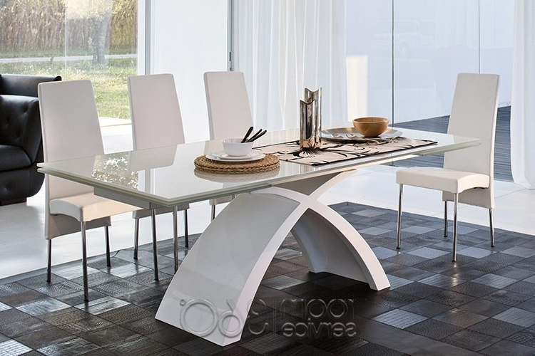 Tokyo Dining Tables For Widely Used Tokyo Dining Tabletonin Casa (View 15 of 20)