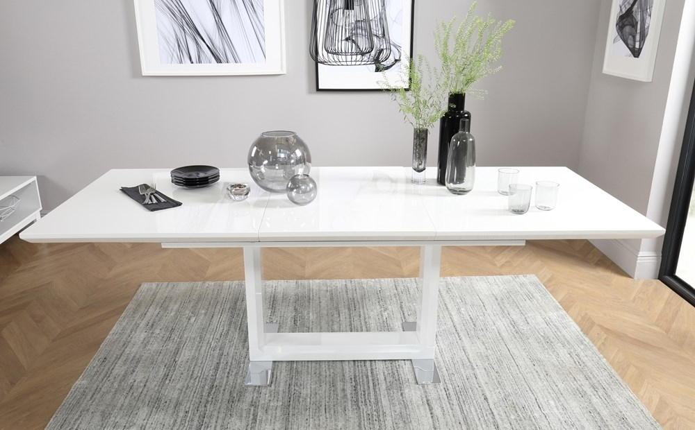Tokyo White High Gloss Extending Dining Table With 4 Soho Slate Grey In Well Liked High Gloss White Dining Tables And Chairs (View 18 of 20)
