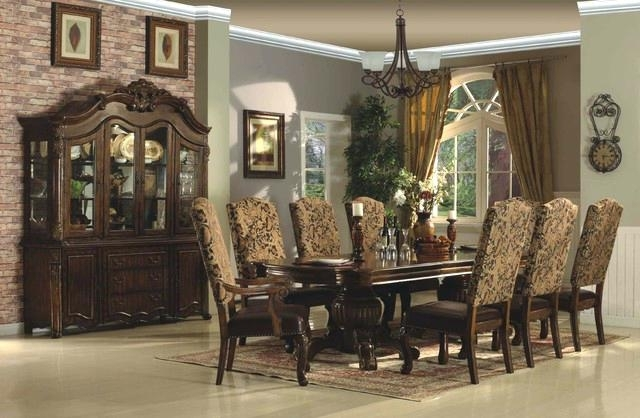 Traditional Dining Room Table – Briefingroom Intended For Trendy Traditional Dining Tables (View 10 of 20)