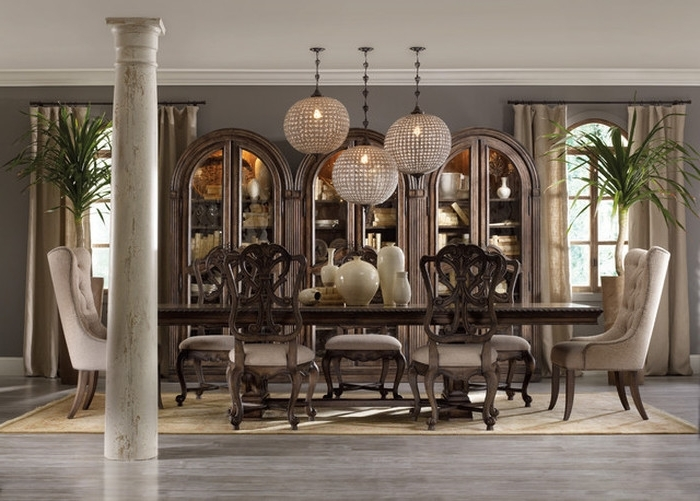 Traditional Dining Tables In Well Known (View 18 of 20)