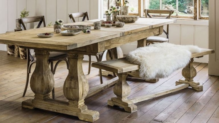 Traditional Dining Tables Throughout Fashionable 10 Best Traditional Dining Tables (View 16 of 20)