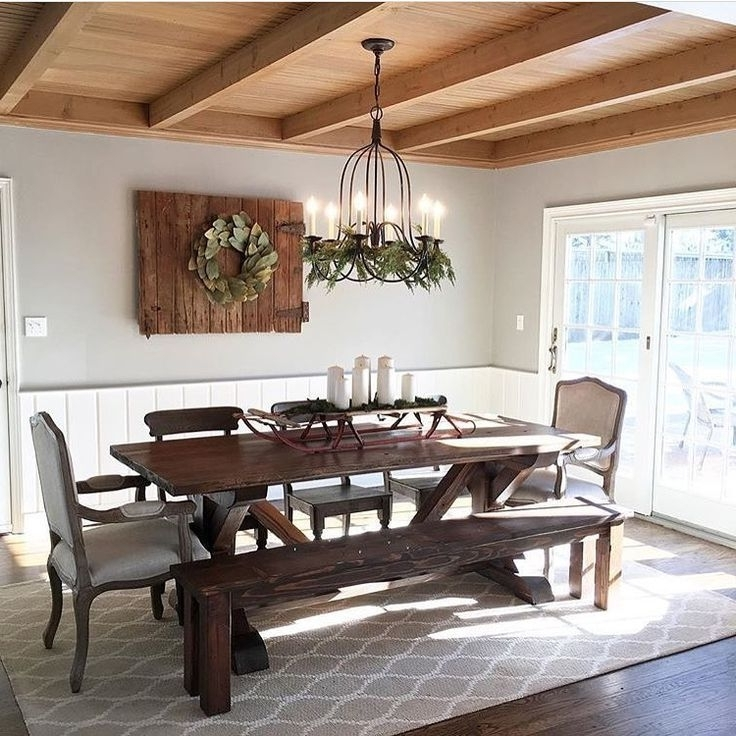 Trendy Chandler 7 Piece Extension Dining Sets With Fabric Side Chairs Throughout 33+ Amazing Farmhouse Table Design Ideas #farmhouse #farmh (View 16 of 20)
