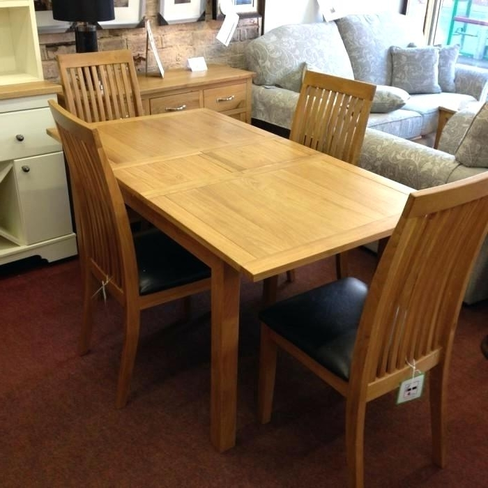 Trendy Oak Extending Dining Table – Emanhillawi Intended For Extendable Oak Dining Tables And Chairs (View 15 of 20)