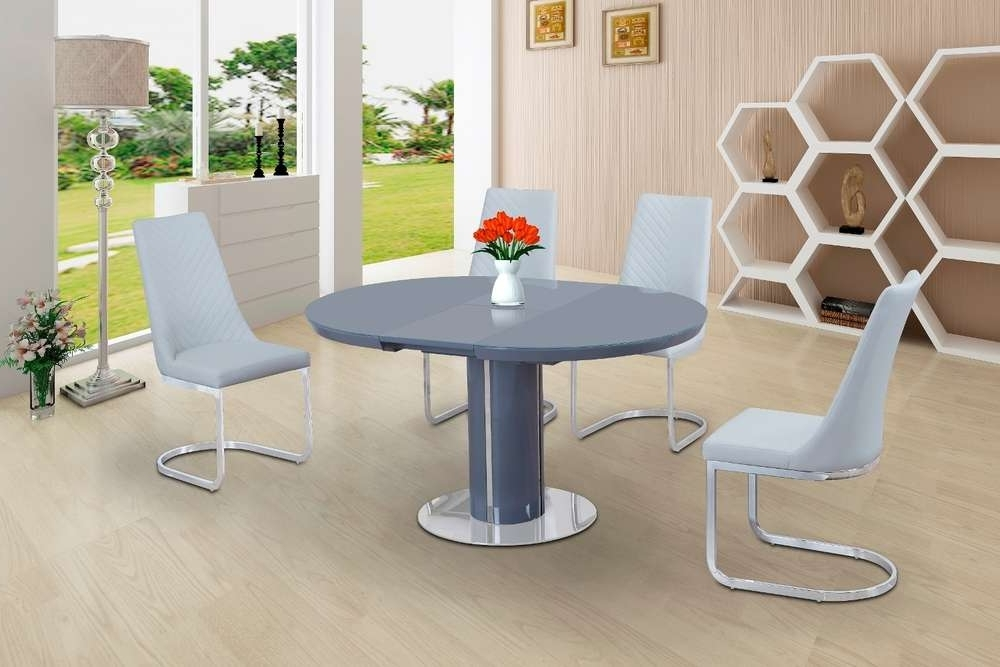Trendy Round Grey Glass High Gloss Dining Table And 4 White Chairs For White High Gloss Oval Dining Tables (View 16 of 20)