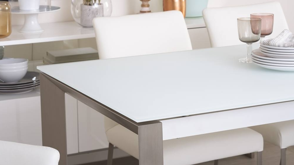 Uk Delivery With Regard To Fashionable Glass Extending Dining Tables (Gallery 17 of 20)