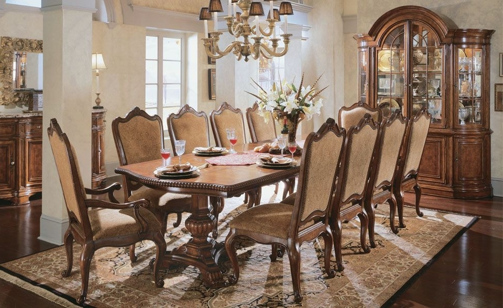 Universal Dining Room – Orange County Dining Room Furniture Marge With Current Universal Dining Tables (View 10 of 20)