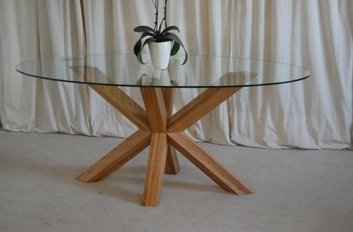 Venice 4Ft6 Round Glass And Oak Dining Table In Favorite Round Glass And Oak Dining Tables (View 5 of 20)