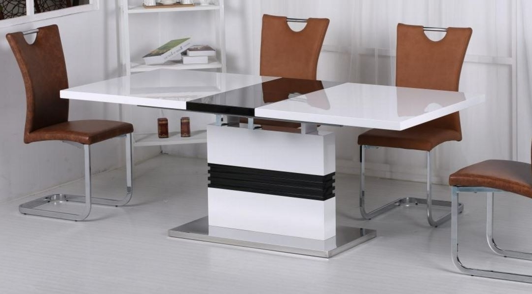 Vienna Dining Tables Throughout Recent Vienna White And Black High Gloss Extending Dining Table (View 15 of 20)