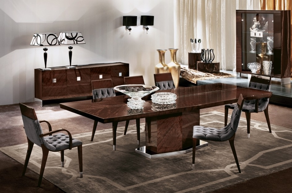 Vogue Dining Table (View 11 of 20)