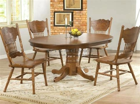 Well Known Antique Round Kitchen Table Round Oak Dining Room Table And Chairs Pertaining To Round Oak Dining Tables And 4 Chairs (View 19 of 20)