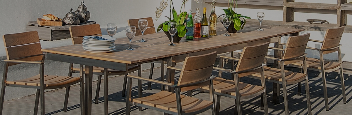 Well Known Extending Outdoor Dining Tables Within Alexander Rose Cologne 8 Seat Dining Set (View 19 of 20)