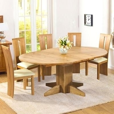 Well Known Inspiring Extending Solid Oak Dining Table Monty Solid Oak Extending For Extending Solid Oak Dining Tables (View 19 of 20)