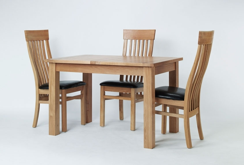 Well Known Small Extendable Dining Table Sets With Regard To Elegant Oak Small Extending Dining Table Hampshire Furniture Small (View 19 of 20)