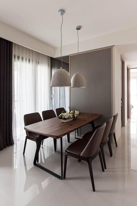 Well Liked Delfina Dining Tables With Castle (7) Candela Estudio Blog De Delfina Sieiro En Interiorismo (View 20 of 20)