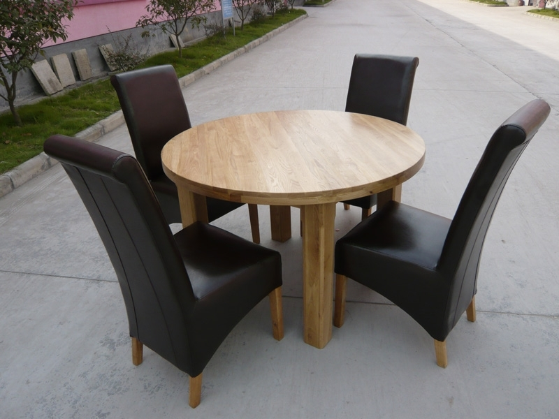 Well Liked Round Oak Dining Tables And Chairs Throughout Round Dining Table (View 19 of 20)