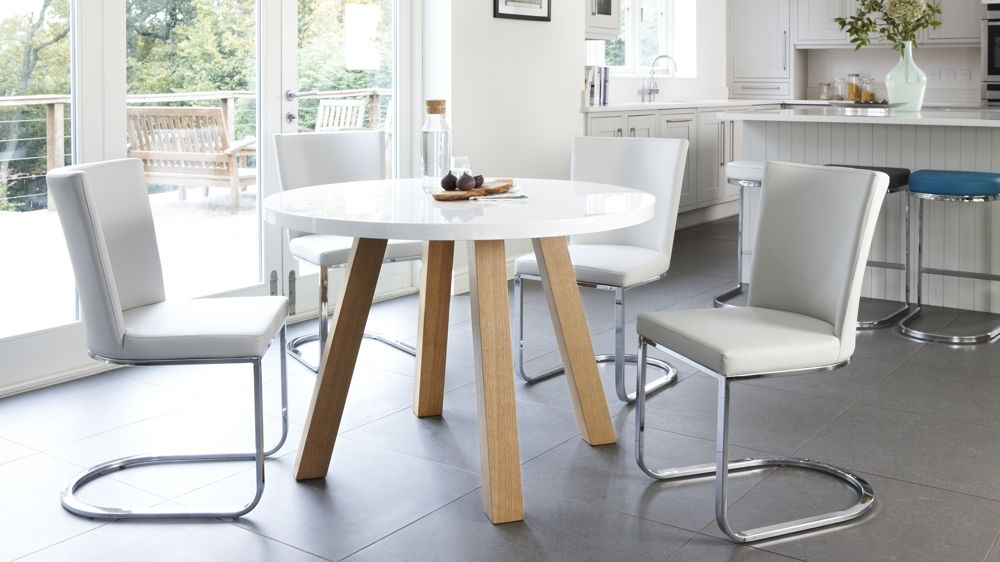 White Circle Dining Tables With Most Up To Date The Effectiveness Of The Round White Dining Table – Home Decor Ideas (View 17 of 20)