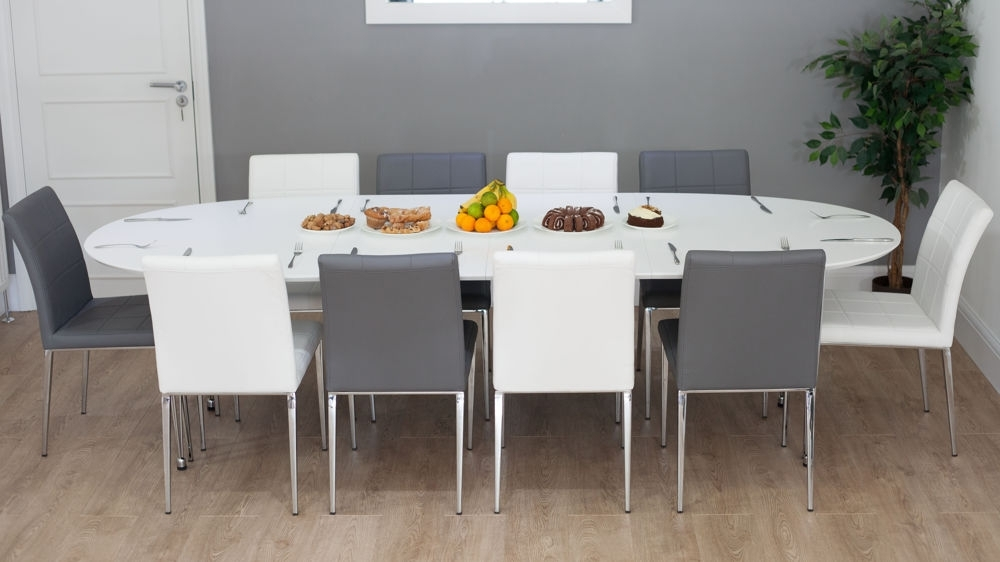 White Extending Dining Tables Throughout Well Known White Oval Extending Dining Table (View 2 of 20)