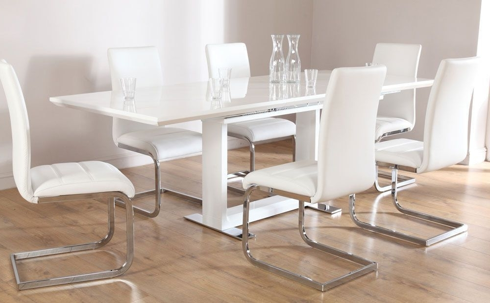 White High Gloss Dining Tables And Chairs Intended For Latest Tokyo Perth Extending White High Gloss Dining Table 4 6 8 Chairs Set (View 19 of 20)