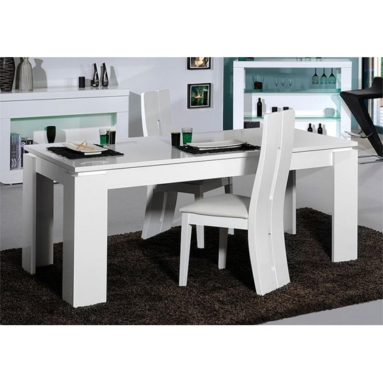 White High Gloss Dining Tables And Chairs With Regard To Best And Newest Fiesta Extendable Dining Table In High Gloss White (View 20 of 20)