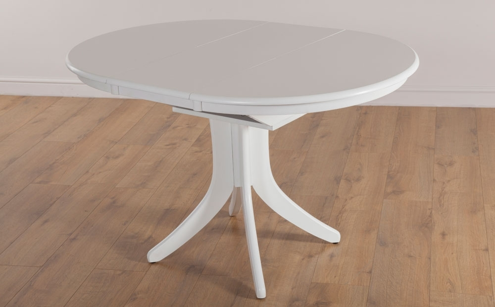 White Round Extending Dining Tables Regarding Well Known Hudson Round Extending White Dining Room Table Furniture (View 17 of 20)