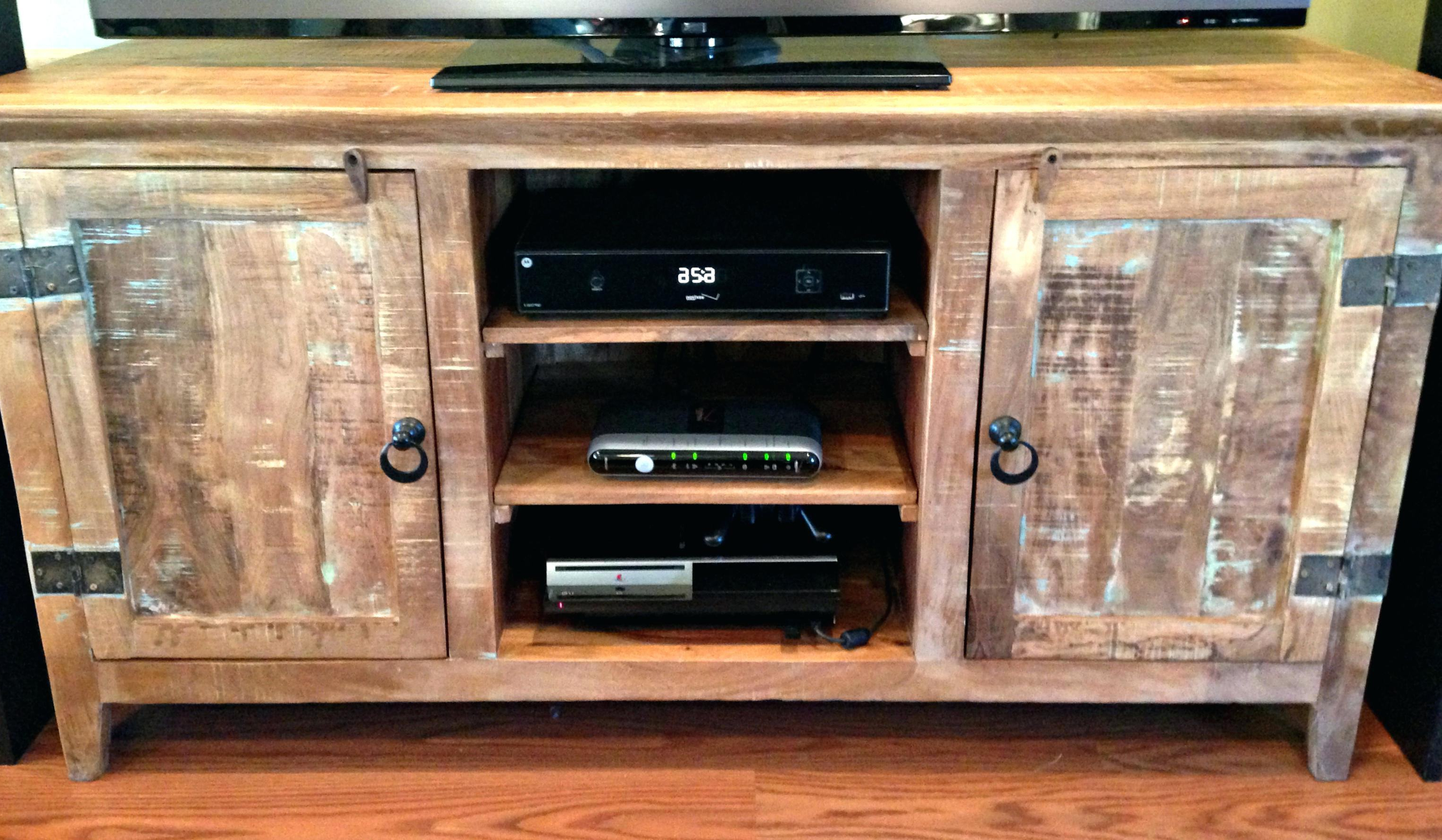 10 Ideal Country Style Tv Stand For Your New Living Room In Most Popular Country Style Tv Stands (View 1 of 20)
